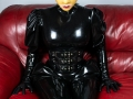 loose-latex-catsuit-leather-couch-02
