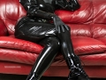 loose-latex-catsuit-leather-couch-03
