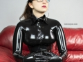 hot-sexy-black-latex-dominatrix-leather-sofa-03